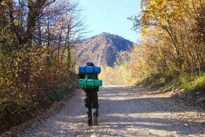 camping 3901174  340 300x200 - アウトドア用品を購入する